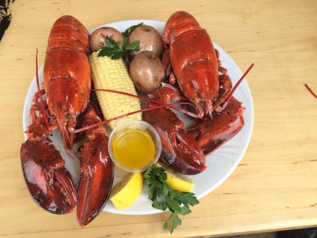 ' ' from the web at 'http://www.longboardrestaurant.com/wp-content/uploads/2017/02/Food-GALLERY-Lobsterfest.jpg'